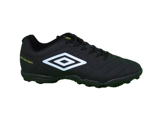 Chuteira Society Umbro Striker 6